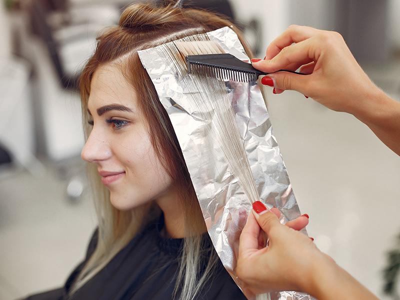 la tintura dei capelli provoca il cancro?